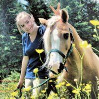 deca-deci mäeli et son poney